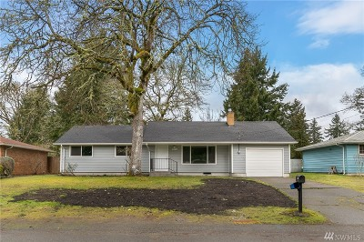 Lakewood Single Family Home For Sale: 9915 119th St SW