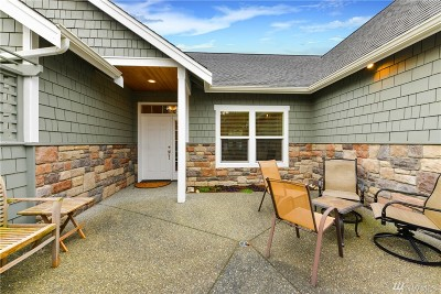 Anacortes Single Family Home For Sale: 3938 W 12th St