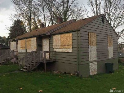 Seattle Single Family Home For Sale: 3014 E Howell St