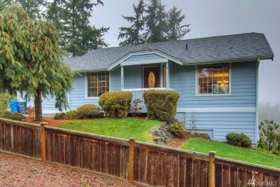 Lake Tapps Single Family Home For Sale: 18519 4th St E