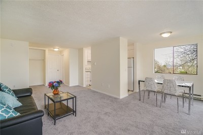 Tukwila Condo/Townhouse For Sale: 13560 37th Ave S #28