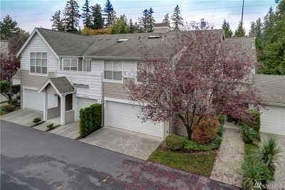 Bothell Condo/Townhouse For Sale: 400 228th St SW #D203