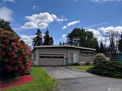 Everett Single Family Home For Sale: 226 106th St SW