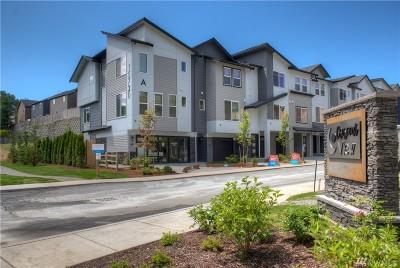 Lynnwood Single Family Home For Sale: 15720 Meadow (Cv#g3) Rd #1064