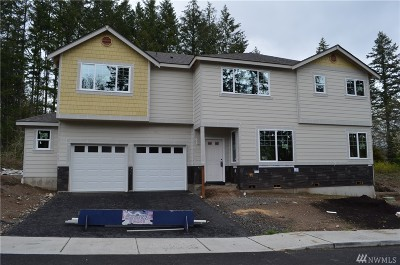 Port Orchard Single Family Home For Sale: 3737 SE Chesterton Dr