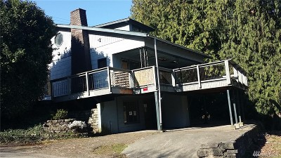 Bremerton Multi Family Home For Sale: 905 Weslon Place
