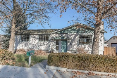 Chelan County Single Family Home For Sale: 1422 Millerdale Ave