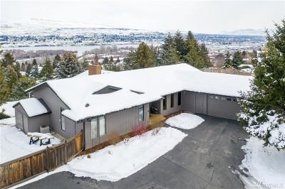 Wenatchee Single Family Home For Sale: 2141 Sunrise Cir