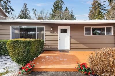 Shoreline Single Family Home Contingent: 16241 12th Ave NE