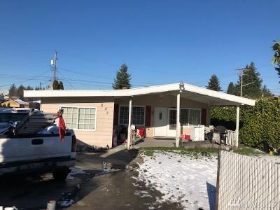 Tacoma Single Family Home For Sale: 243 E 61st St