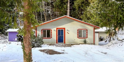 Sedro Woolley Single Family Home Pending Inspection: 353 Rainbow Dr