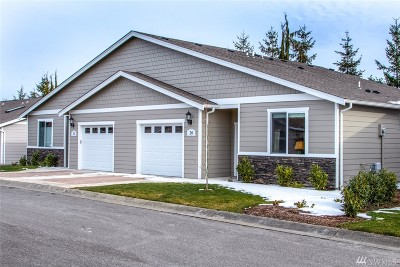 Whatcom County Condo/Townhouse Pending: 3993 Gentlebrook Lane #20