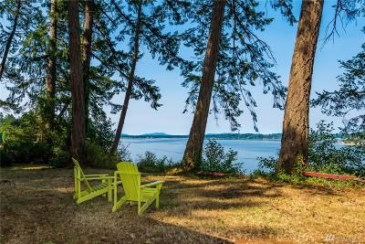 Olympia Single Family Home Pending Inspection: 2710 Fishtrap Rd NE