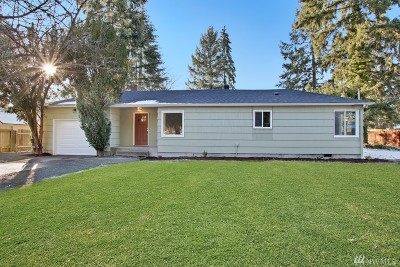 Lakewood Single Family Home For Sale: 9118 Hipkins Rd SW
