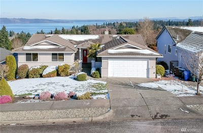 Tacoma Single Family Home For Sale: 5409 Norpoint Way NE