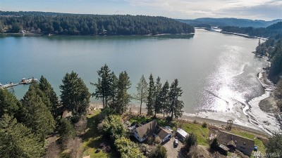 Thurston County Single Family Home For Sale: 2520 Madrona Beach Rd NW