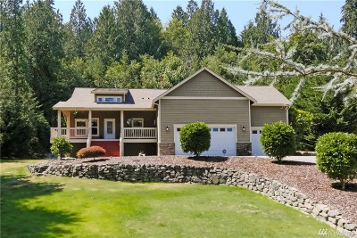 Port Orchard Single Family Home For Sale: 8902 Lawrence Dr SE