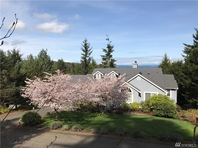Port Ludlow Single Family Home Pending Inspection: 101 Edgewood Dr