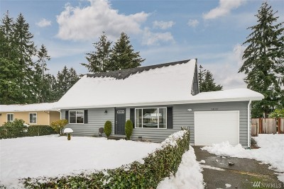 Renton Single Family Home For Sale: 14012 145th Ave SE