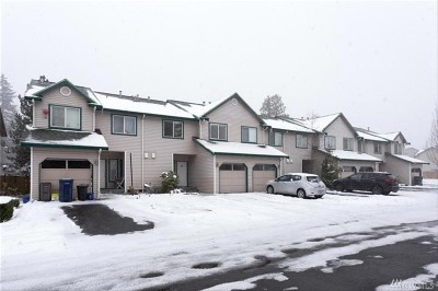 Lynnwood Condo/Townhouse For Sale: 15815 Admiralty Wy #A5