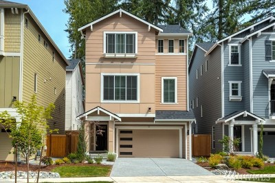 Bothell Condo/Townhouse For Sale: 9 197th Place SW #10