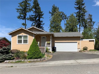 Poulsbo Single Family Home For Sale: 214 NE Max William Lp