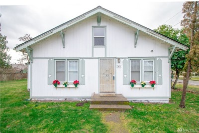 Yelm Single Family Home For Sale: 301 Jefferson Ave NE