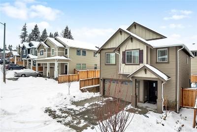 Lake Stevens Single Family Home For Sale: 10011 15th Place SE