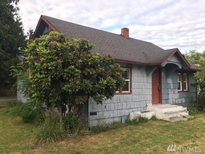 Skagit County Single Family Home For Sale: 610 E Moore St