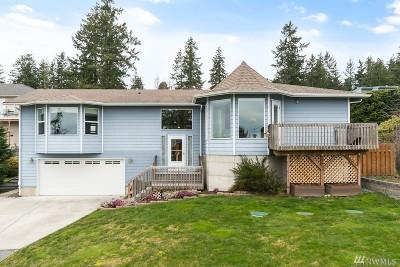 Oak Harbor Single Family Home For Sale: 1281 Polnell Shores Dr