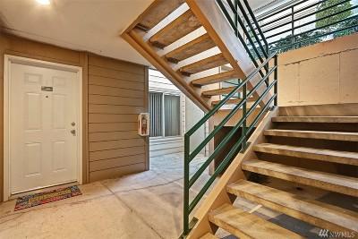 Tukwila Condo/Townhouse For Sale: 15325 Sunwood Blvd #B102