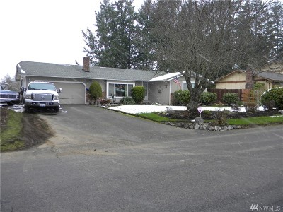 Pierce County Single Family Home For Sale: 907 S 143rd St