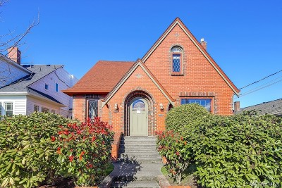 Seattle Single Family Home For Sale: 3712 SW Grayson St