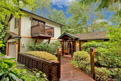 Mercer Island Single Family Home For Sale: 9010 SE 45th St