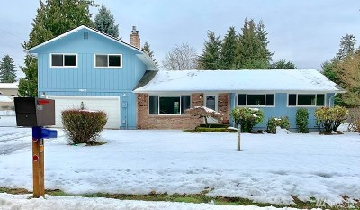 Puyallup Single Family Home For Sale: 9802 74th Ave E