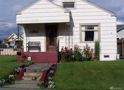 Everett Single Family Home For Sale: 2117 Rainier Ave