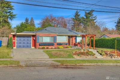 Seattle Single Family Home For Sale: 3516 SW 108th St