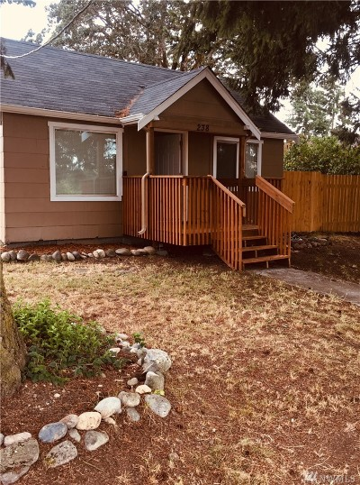 Spanaway Single Family Home For Sale: 238 166th St S