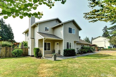 Lynnwood Single Family Home For Sale: 528 146th St SW