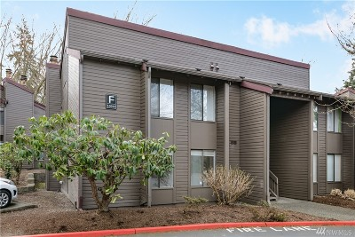 Kirkland Condo/Townhouse For Sale: 10013 NE 123rd St #F/A