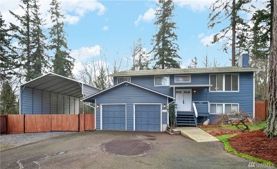 Lynnwood Single Family Home For Sale: 124 145th St SE