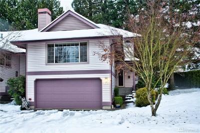 Redmond Condo/Townhouse For Sale: 15617 NE 70th Ct #B105