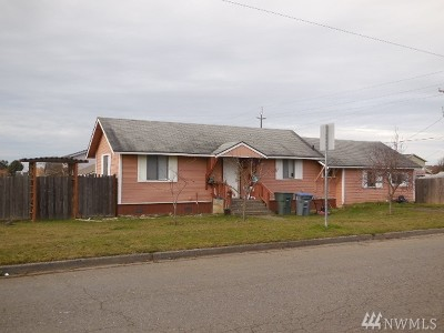 Single Family Home For Sale: 1401 6th. St W