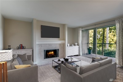 Issaquah Condo/Townhouse For Sale: 4737 W Lake Sammamish Pkwy SE #A209