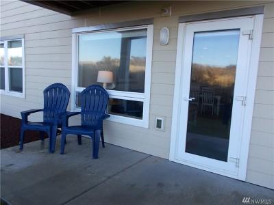 Grays Harbor County Condo/Townhouse Pending: 1600 W Ocean Ave #915