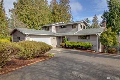 Olympia Single Family Home Contingent: 4704 John Lhur Rd NE