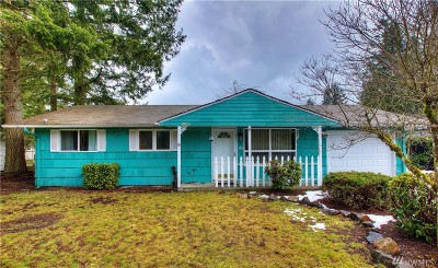 Lakewood Single Family Home For Sale: 11707 Farwest Dr SW