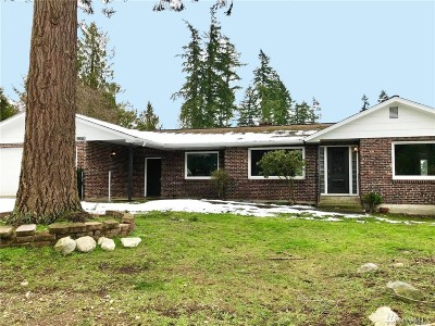 Edgewood Single Family Home For Sale: 9810 Taylor St E
