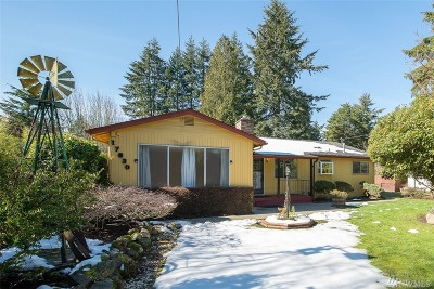 Lynnwood Single Family Home For Sale: 17630 44th Ave W