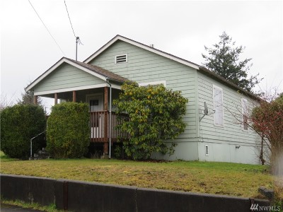 Montesano Single Family Home For Sale: 534 S 4th St